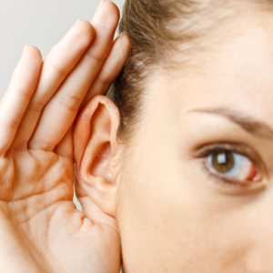 listening, listen, body language, dialogue, listening strategies