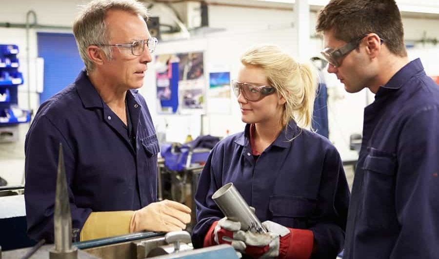 Effective Communication in Manufacturing Industry